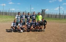 25.02.2016 Potencia se presentó en la Carcel de Punta de Rieles a jugar un amistoso.